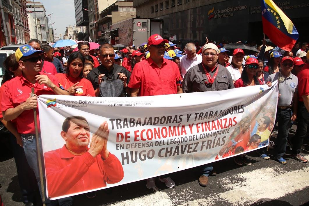 Ministerio de Economía y Finanzas se movilizó