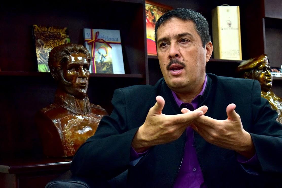 El Dicom está en la fase final anunció vicepresidente Ramón Lobo