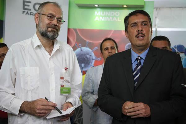 Venezuela cuenta con recursos para superar modelo industrial